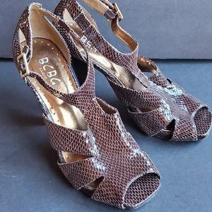 BCBG Brown Patent Snake Skin T Strap Heels 7